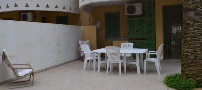 Villetta con 6 posti letto e 2 bagni in baia verde ( rif. Orsamag)