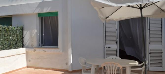 Appartamento al piano terra con spazio esterno in baia verde a Gallipoli ( rif. Dragone)